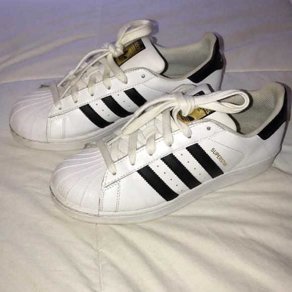 le adidas superstar classico blackwhite scarpe poshmark